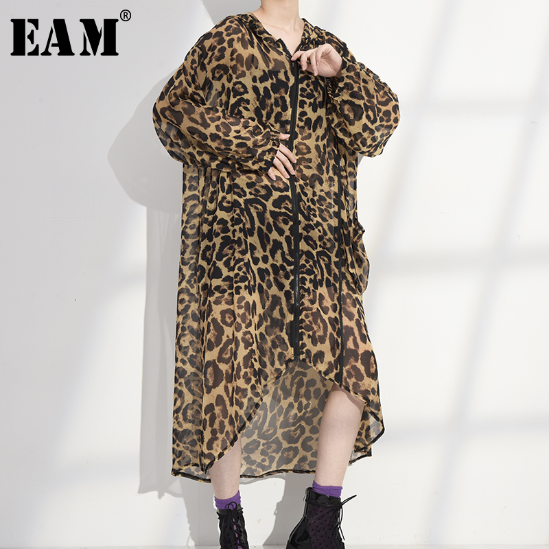 [EAM] Women Big Size Thin Leopard Printed Long Dress New Hooded Long Sleeve Loose Fit Fashion Tide Spring Summer 2020 1W95909