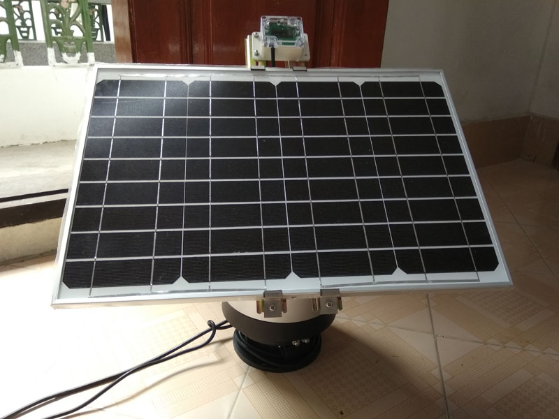 Small Solar Tracking System 20w Dual Tracking Platform Automatic Sun Tracking DC 12v