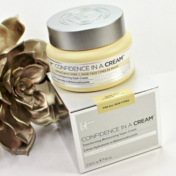 IT Cosmetics Confidence In A Cream Moisturizer Hydrating Transforming Moisturizing Super Face Cream Full Size  CC BB Cream