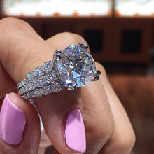 Exquisite Elegant Round Cut Zircon Wedding Rings Bride Wedding Band Silver Engagement Ring Lover's Gifts for Women Jewelry
