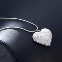 цена на Men Valentine Lover Gift  Heart Necklace Locket Photo Pendant Wedding Jewelry Gifts Necklace Jewelry For Women Girlfriends