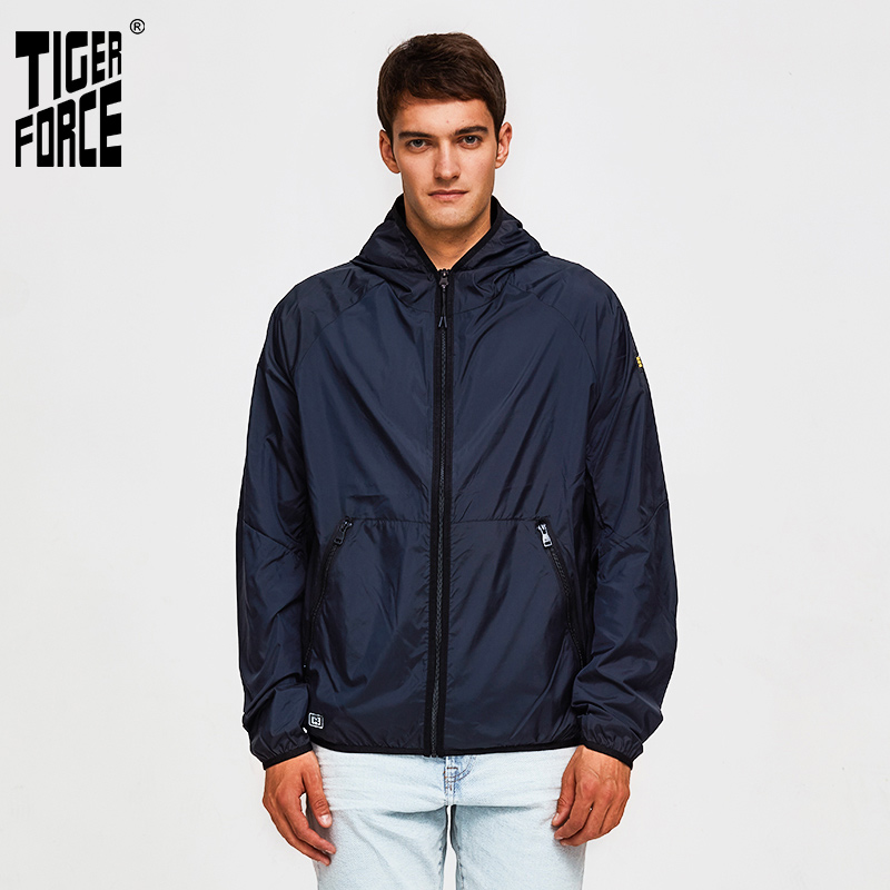 Tiger Force 2019 Ultra-Light Hooded Men Jacket Spring Summer Breathable Clothes Sun Protection Jackets Quick Dry Anti-UV Coat