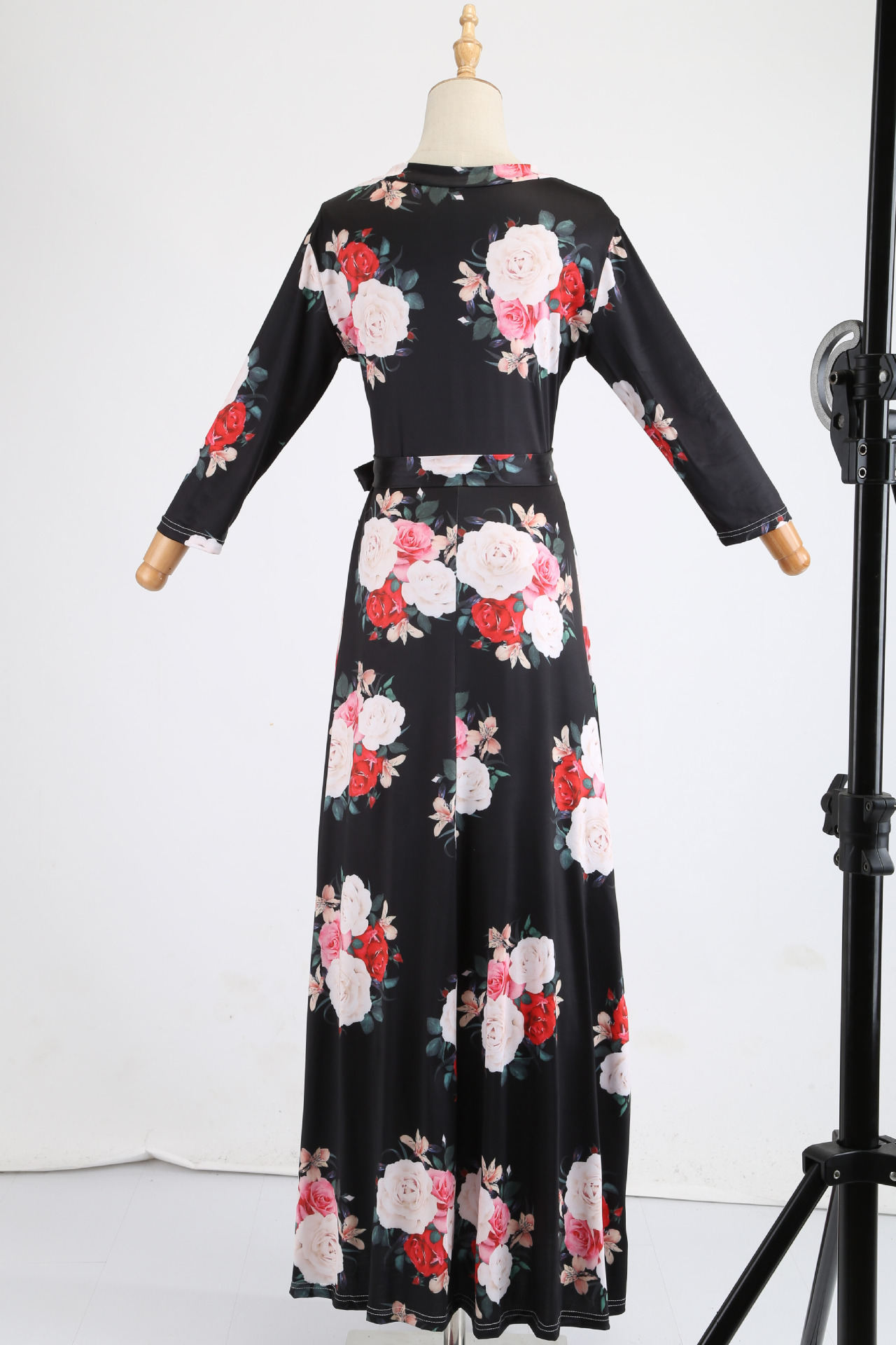 He07724d7c91649a6ab3990c3a902610b6 - Oufisun Spring Sexy Deep V Neck Women's Dress Bohemia Tunic Maxi Dresses Elegant Vintage Flowers Print Dress Vestidos Plus Size