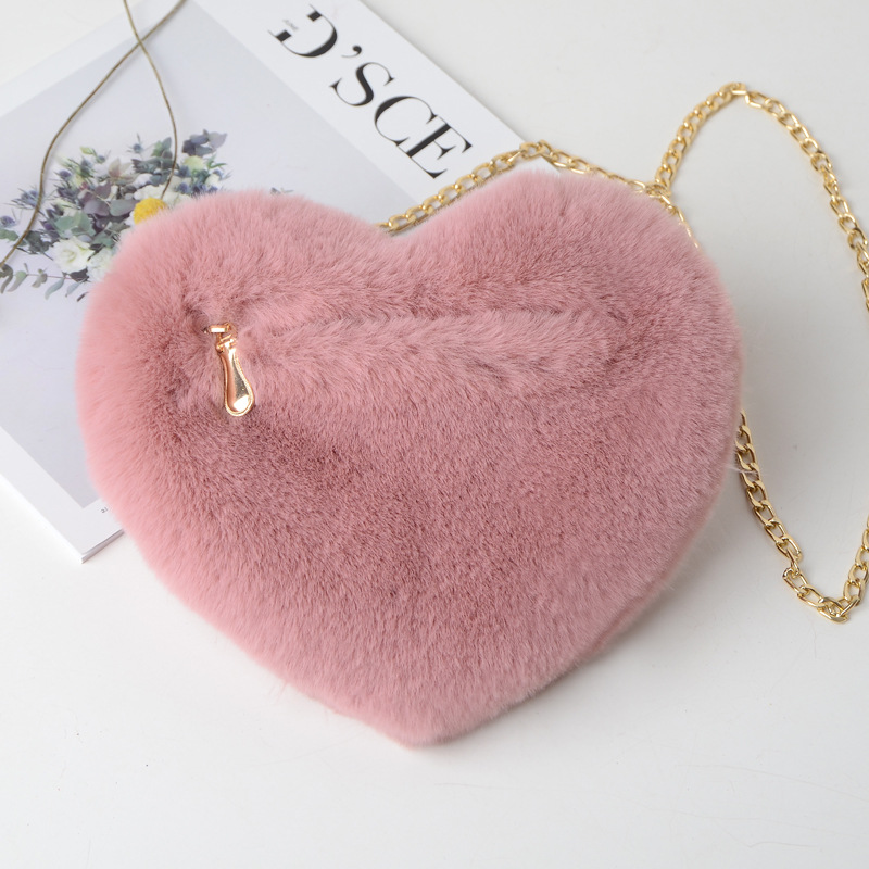 QZH Winter Faux Fur Heart Bag For Women 2019 Lady Handbag Shoulder Bag Kawaii Girls Big Love Messenger Crossbody Bag Bolso