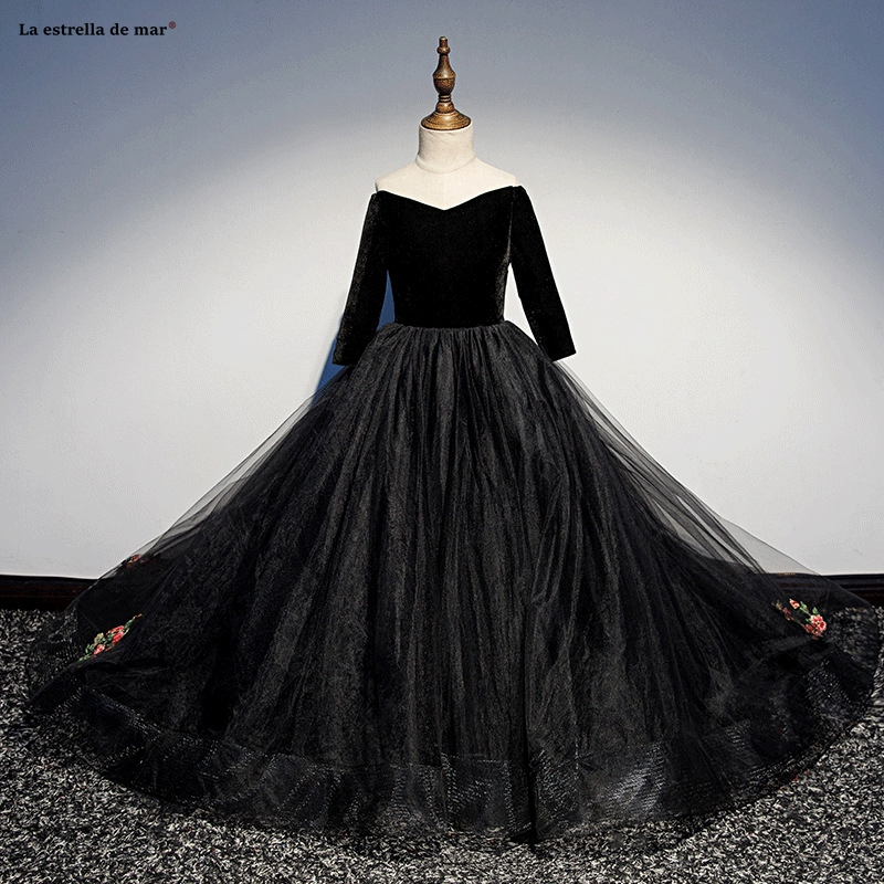 Sukienka Kwiaty2019 New Tulle Embroidery Boat Neck3/4 Sleeve ALine Black Ball Gowns For Girls Trailing Pageant Dresses For Girls