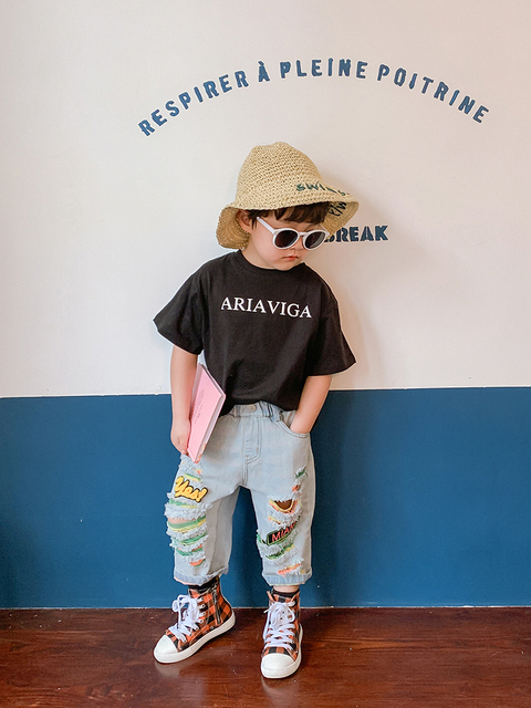 Children Ripped Denim Capri Pants Tide Boys qi gai ku Western Style Children Baby Summer Thin Trousers Kids Male 4