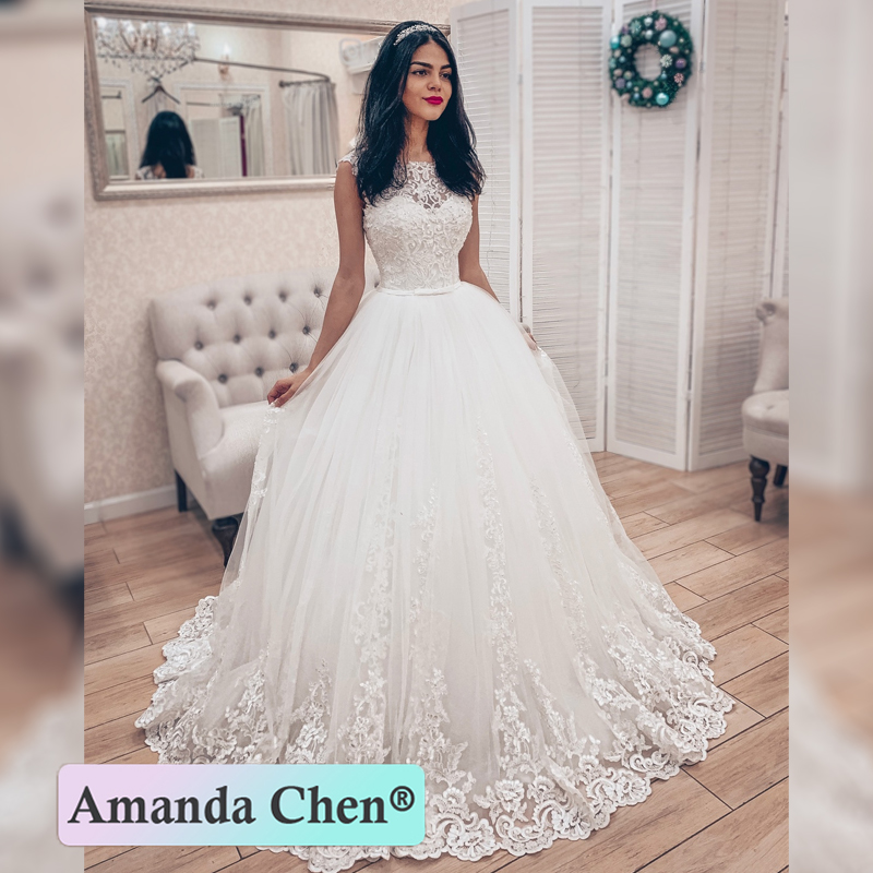 New Style Sleeveless Lace Ball Gown Wedding Dress 2019
