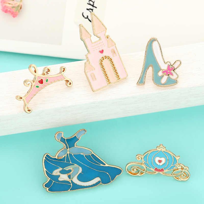 Enamel Pin Set Cinderella Dongeng Gaun Biru Istana Kereta Labu Kristal Sepatu Putri Pin Koleksi untuk Wanita Perhiasan