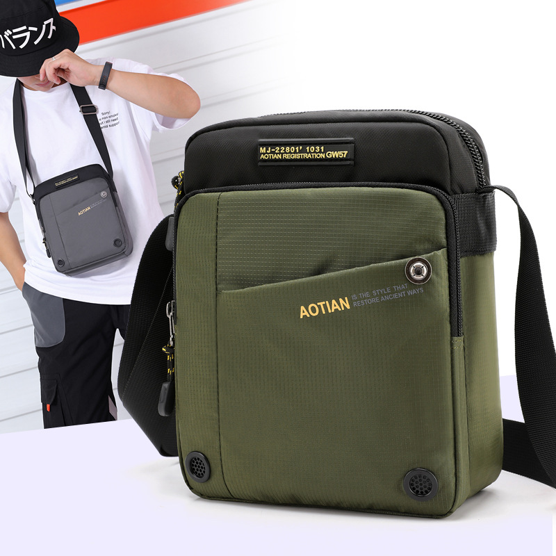 2019 New Men's Casual Shoulder Bag High Quality Waterproof Nylon Crossboday Bag For Men Male Small Leisure Travel Bags Black