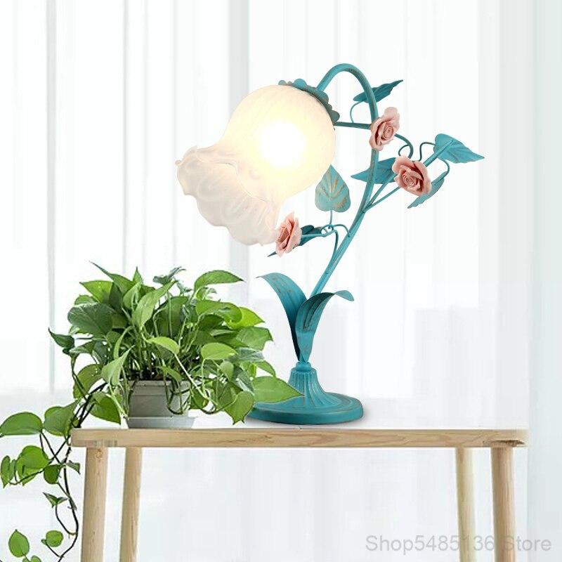mesa quarto lâmpada cabeceira sala estar estudo iluminação