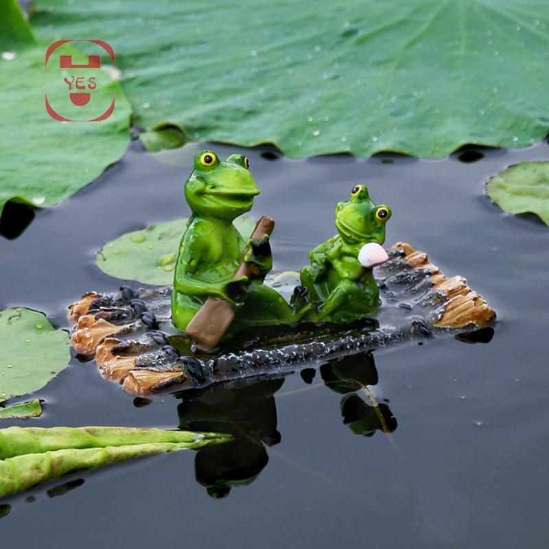 Resin Floating Bamboo raft Frog Statue duck Sculpture Outdoor Garden Pond Decorative Home Fish Tank Garden Decor Desk Ornament