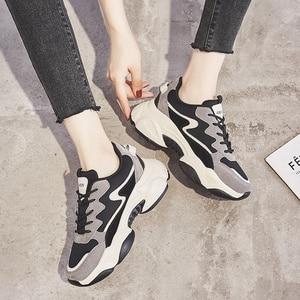Image 2 - 2020 インホット販売春ファッション女性カジュアルシューズ革の厚底靴女性スニーカーレディースホワイトトレーナー Chaussure ファム