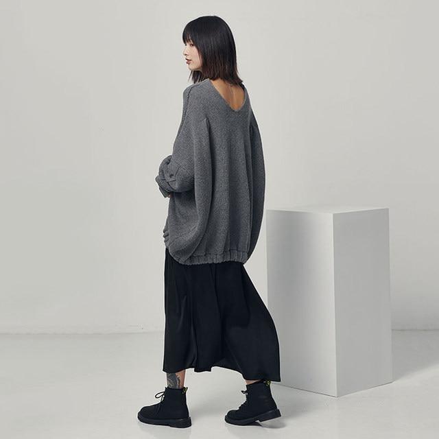 [EAM] Big Size Oversize Knitting Sweater Loose Fit V-Neck Long Batwing Sleeve Women New Fashion Tide Autumn Winter 2019 1B621 33