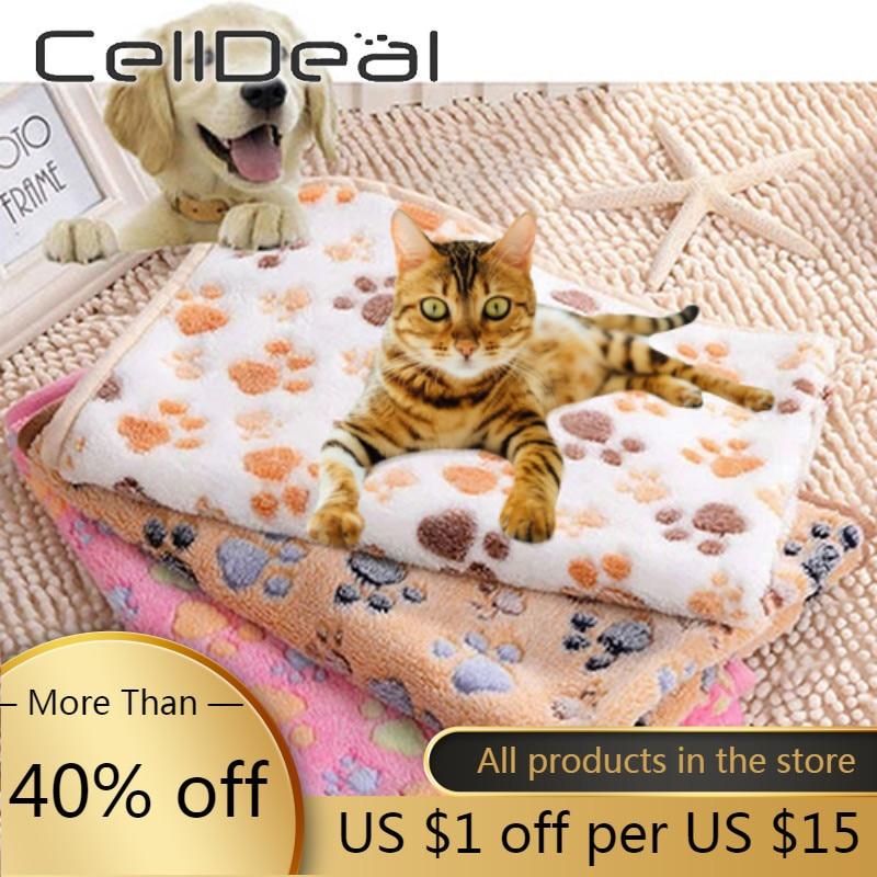Multipurpose Beautiful  Practical Sewing Process Coral Fleece Warm Comfy Soft Cat Dog Fleece Mat Non Slip Pet Paw Print Blanket