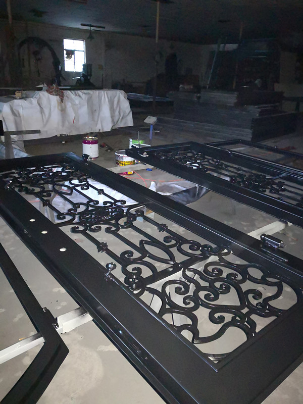 Shanghai Hench Brand China Factory 100% Custom Made Sale Australia Wrought Iron Fly Screen Doors