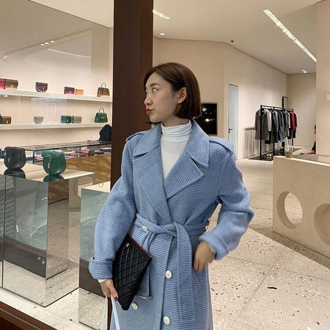 Autumn and winter New style belt coat Women fashion Plaid Long Wool Blend Overcoat Casual Loose Trench Coats Karachi