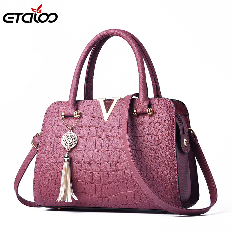 Female Bag New Autumn/Winter 2019 Embossed Handbag Tassel Pendant One Shoulder Inclined Shoulder Bag