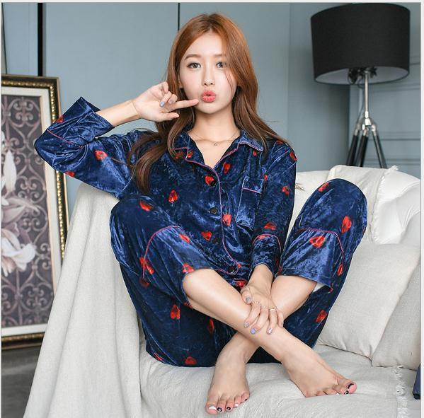 Free Shipping.Brand New Style Quality Women Pajamas Set.fashion Soft Fleece Comfortable Home Clothing.winter Thick Sleepwear