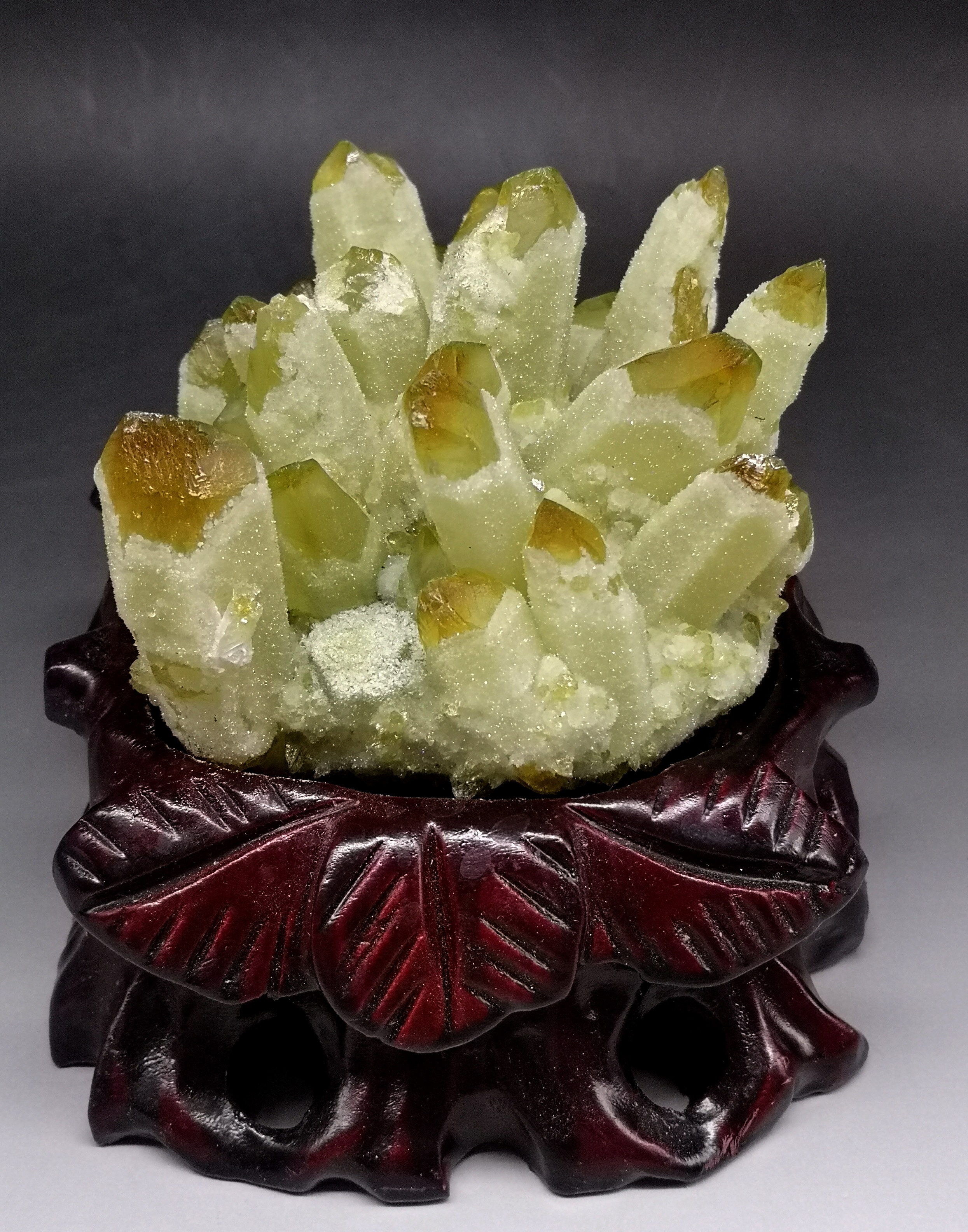 813g Natural yellow Ghost Phantom Quartz Crystal Cluster Crystals and stones Healing Specimen Decoration Free gift