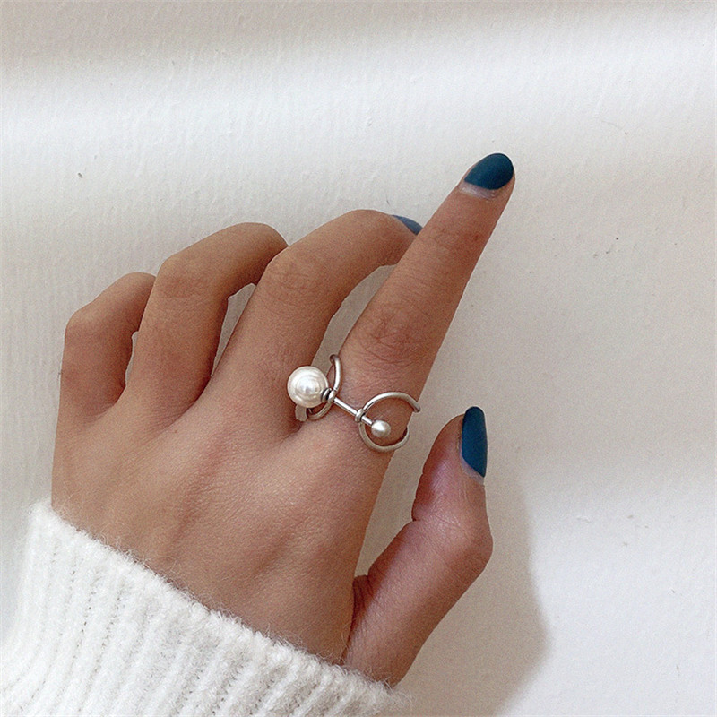 Chic Imitation Pearls Personality Fold Geometric Hollow Metal Irregular Finger Rings For Women Girls Fashion Party Jewelry