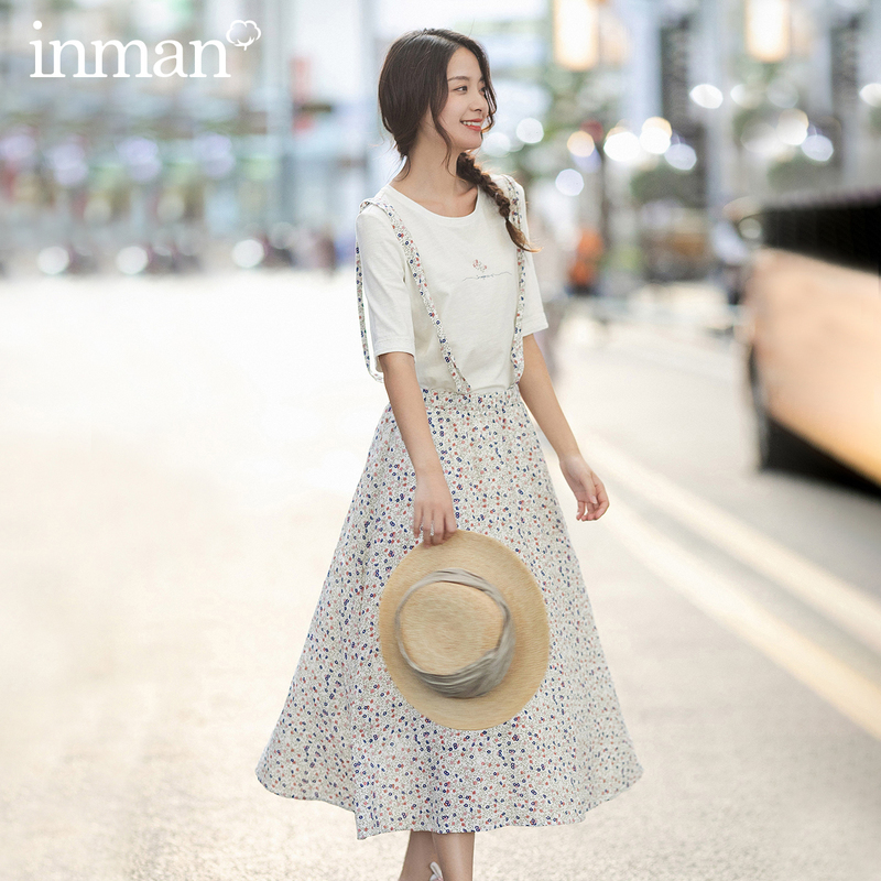 INMAN 2020 Spring New Arriavl Pure And Fresh Printed T-shirt Cute Sweet Shivering Suspender Two-piece Suit