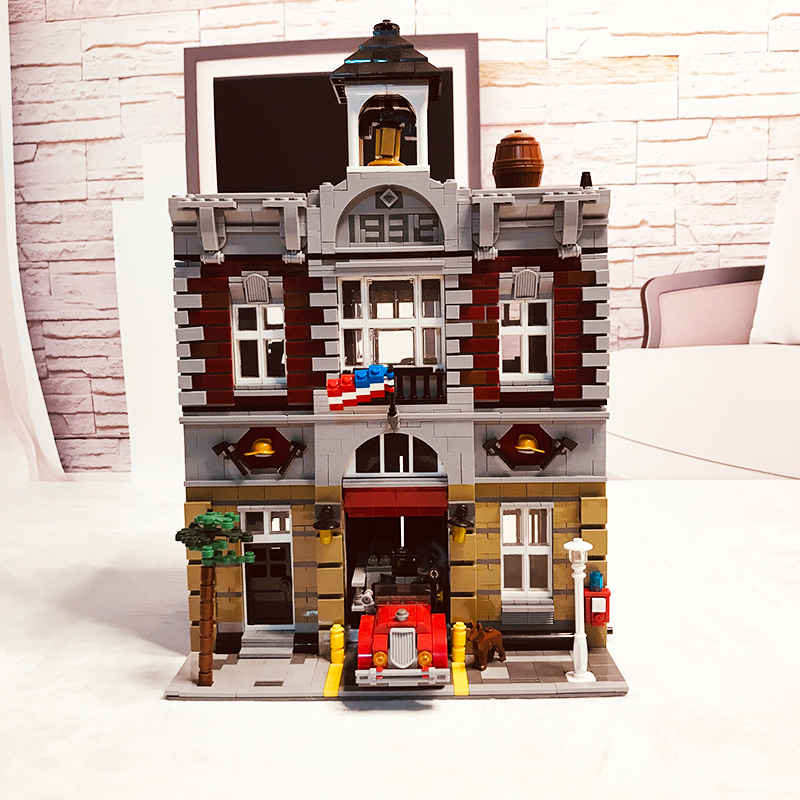 In Stock City Street View Fire Brigade Building Blocks <font><b>10197</b></font> image