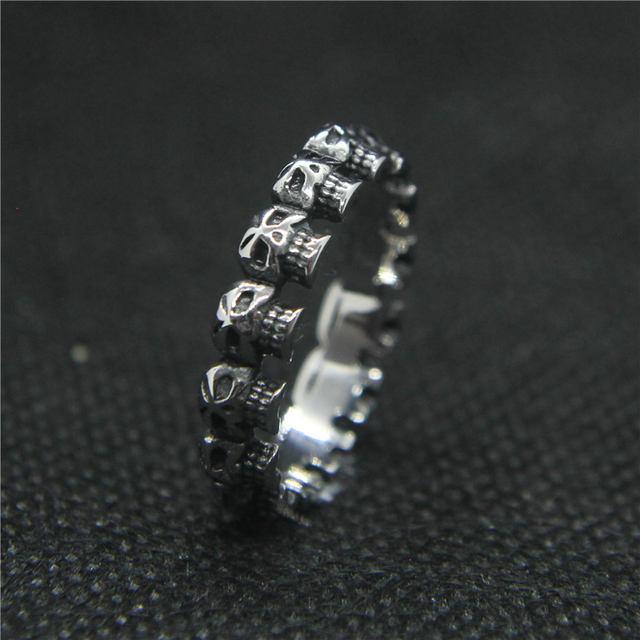 STAINLESS STEEL CLASSIC SKULL RINGS