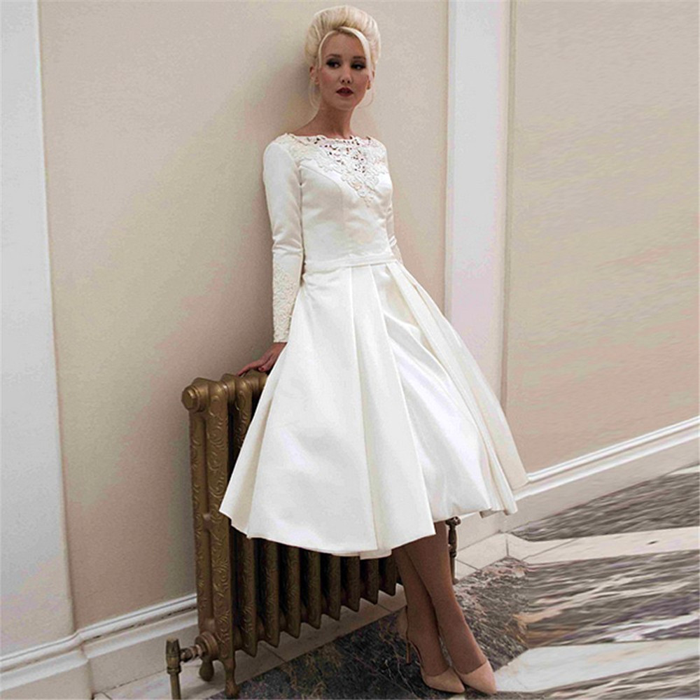 Scoop Long Sleeves A-Line Wedding Dresses Lace Appliques Pleated Bridal Gowns Short Knee Length Vestidos De Mariee Spring