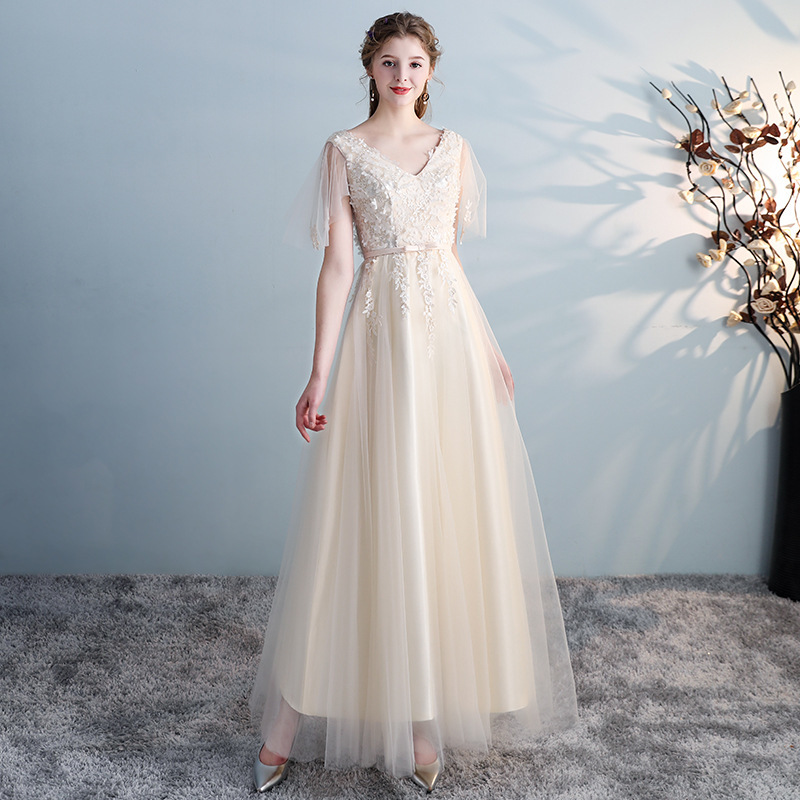 Elegant Champagne Bridesmaid Dresses A-Line V-Neck Short Sleeve Bow Sashes Appliques Tulle Wedding Party Gowns Vestidos Festa