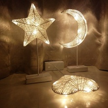 купить Christmas Decorative Table Lamp Modern Pentagram Star  Art Deco Desk Lamp Bedside Bedroom Table Lights Study Reading Desk Light по цене 1667.36 рублей