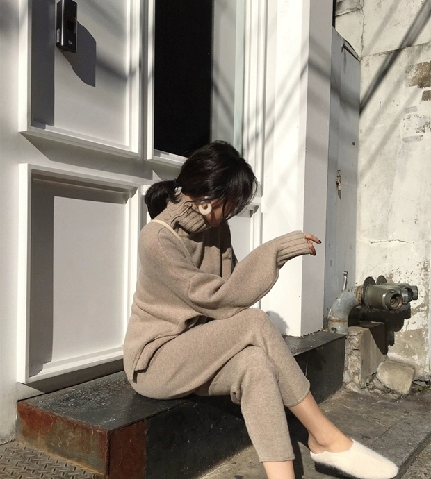 He11ba3931a0b448d9b76c8c6cc652256d - Autumn / Winter Turtleneck Sweater and Straight Solid Pants
