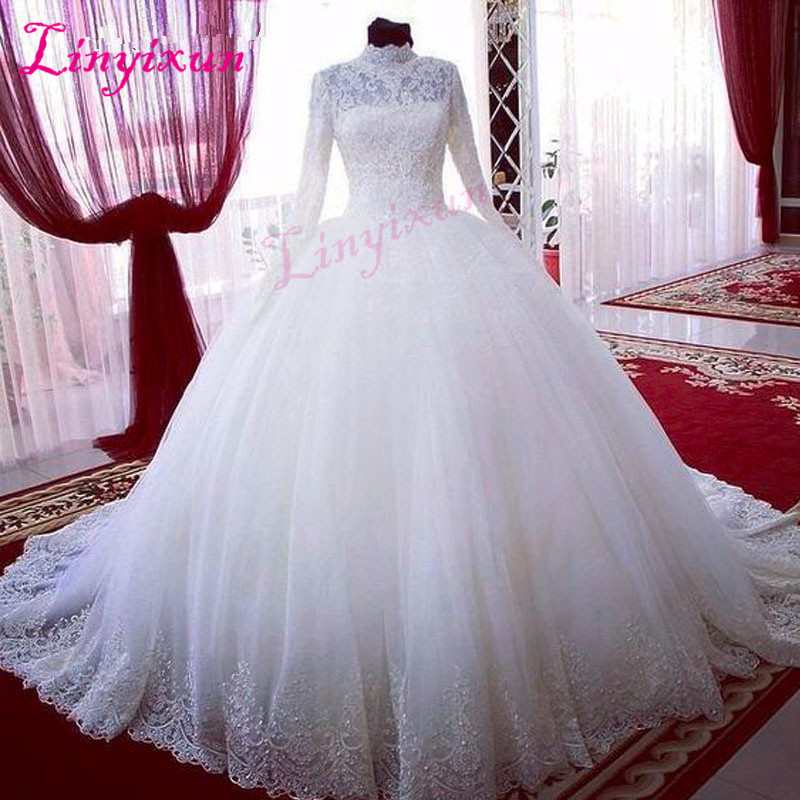Long Sleeve Elegant Lace Muslim Wedding Dresses Bridal Ball Gowns Princess Dresses Long Sleeve High Neck Custom Vintage Wedding