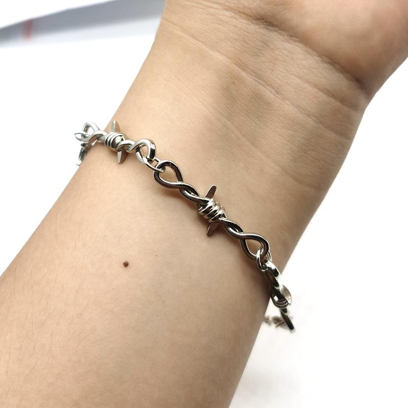 Small Wire Brambles Iron Unisex Choker Bracelet Women Hip hop Gothic Punk Style Barbed Wire Little Thorns Bracelet Choker Gifts