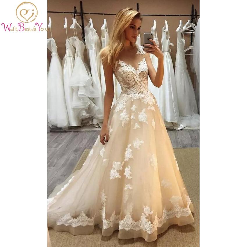 Champagne Lace Appliques Prom Dresses 2020 Delicate Dance Dress Sleeveless A Line Sweep Train Illusion Evening Gowns vestido de