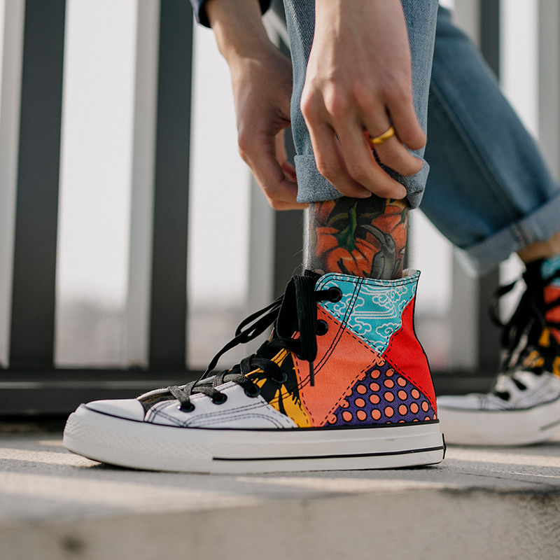 2020 Ins High Top Cartoon Men Fashion Canvas Casual Shoes Casual Sneakers Breathable Flat Driving Vulcanize Lovers Walking Shoes