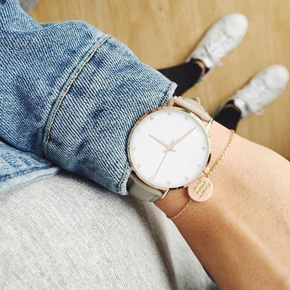 HOT Luxury Crystal Women Watches Ladies Leather Quartz Watch Diamond-studded PU Belt Female Quartz Watch Hot