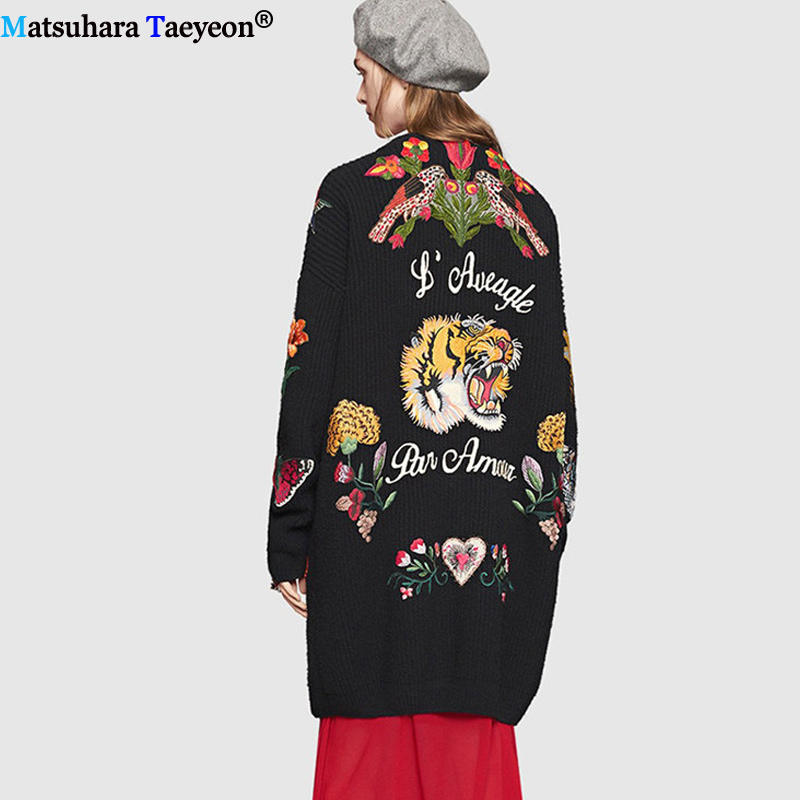 2019 Embroidery Cardigan Sweater Women Autumn Winter New Fashion Long Sleeves Button Knitted Cardigan Collar Casual Coat