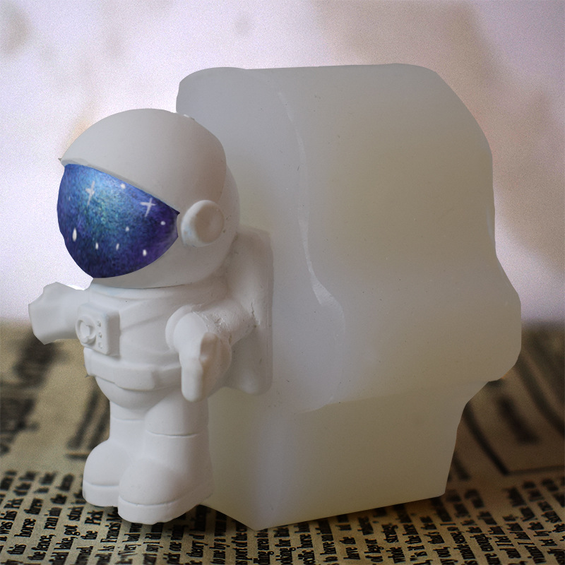 Cosmonaut Silicone Mold SOAP Plaster Wax Resin Clay 5oz Astronaut NASA