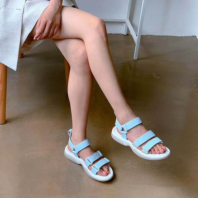 Donna in Leather Flat Sandals Women Large Size Velcro Open Toe Beach Shoes Women Casual Outdoor