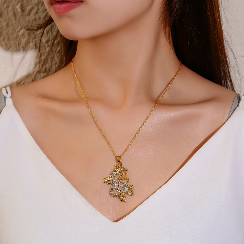 New Fashion Copper Dragon Pendant Necklace For Woman And Man Gold Necklace With Stainless Steel Chain Jewelry Gift