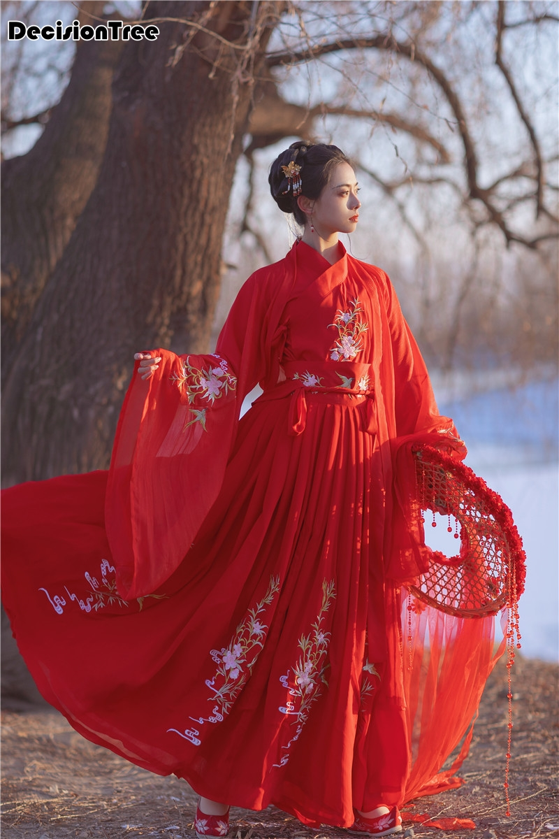 2020 Chinese Style Red Hanfu Costumes Dresses For Woman Stage Wear Folk Dance Robe Hanfu Tang Suit Floral Embroidery Hanfu