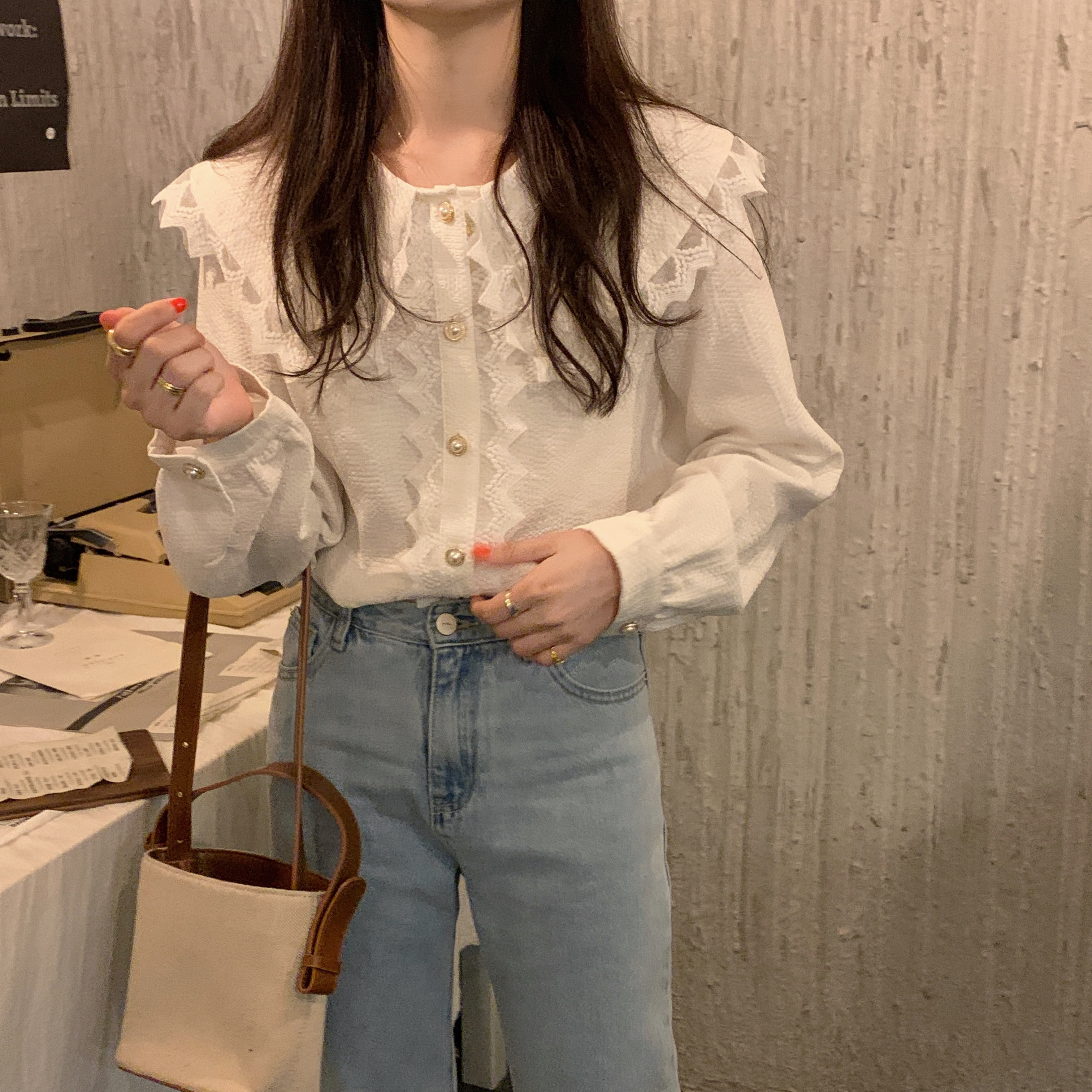 He15d9fea98a245e3b7e409add378431bD - Spring / Autumn Big Lapel Collar Long Sleeves Lace Buttons Solid Blouse