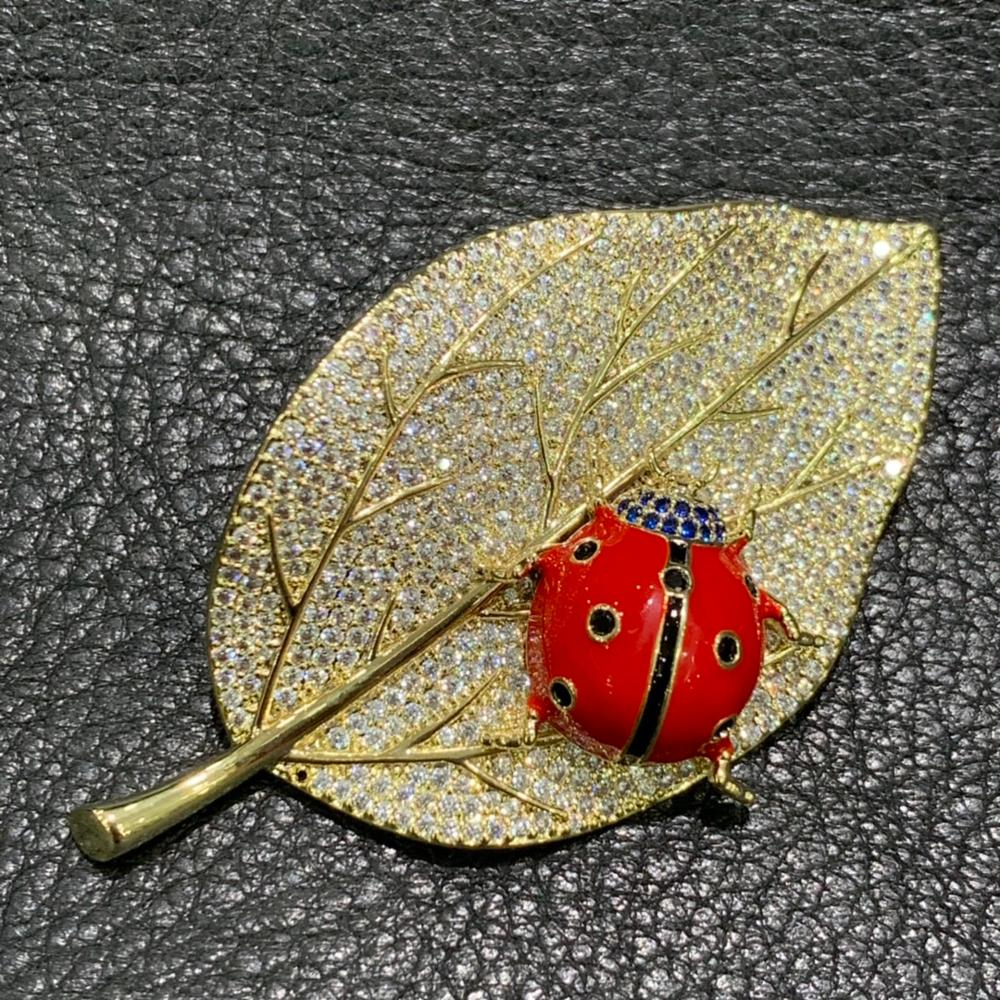 copper with cubic zircon leaf and coccinella septempunctata brooch gold and red color mixed fashion jewelry for women and men