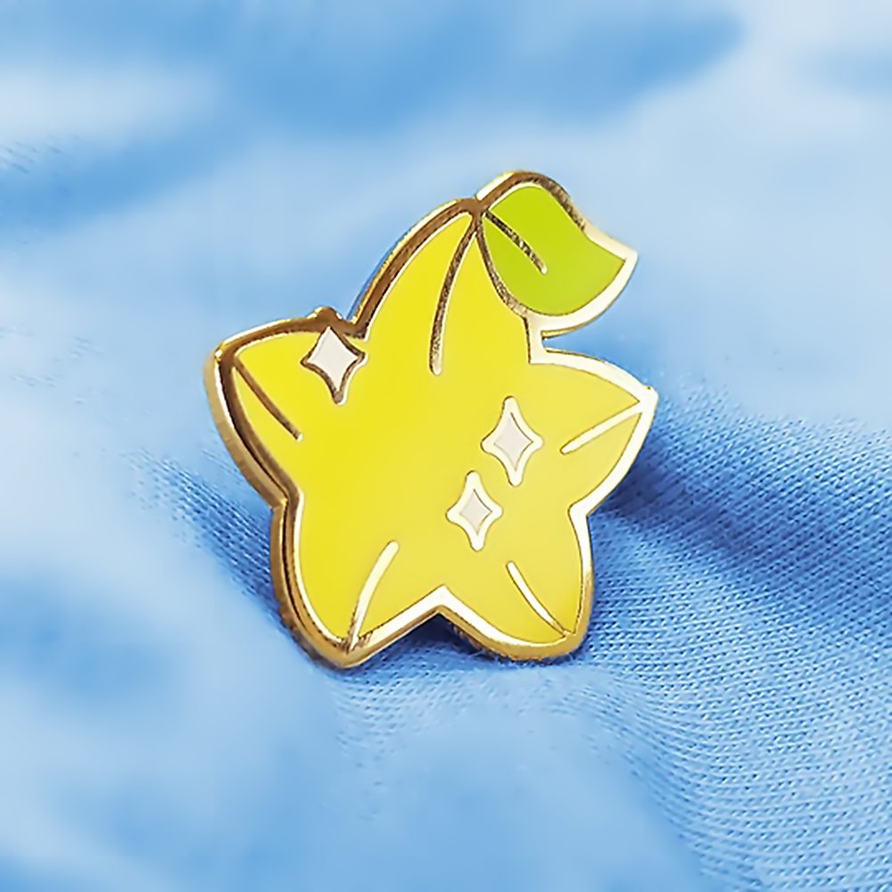 Kawaii Glanzend Geel Carambola Harde Emaille Pin Koninkrijk Heartss Game Geïnspireerd Broche Cartoon Fruit Badge Accessoires Unieke Gift