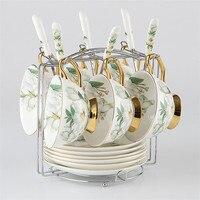 Yolife Camellia Bone China Kaffee Set Britischen Porzellan Tee Set Keramik Topf Teatime Teekanne Kaffee Tasse Becher-in Teegeschirr-Sets aus Heim und Garten bei