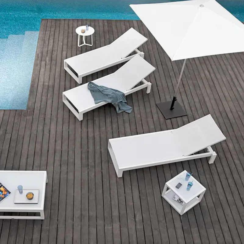 Luar Ruangan Modern Desainer Putih Kursi Berjemur