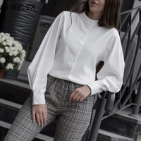 Блуза с объемными рукавами Цена 877 руб. ($11.30) | 374 заказа Посмотреть