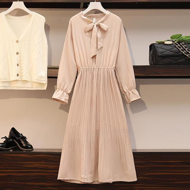 2020 New Girl Style One Piece Suit Dress, Women's Autumn and Winter Show Thin Long Sleeve Pleated Medium Length Shirt Dress 5
