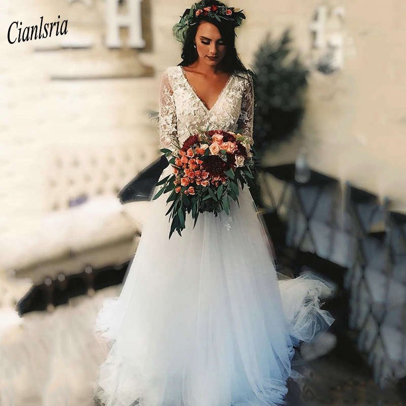 Gorgeous V-Neck Half Sleeve Country Bohomian Wedding Dresses Backless Appliques Lace Bridal Wedding Dress Vestido De Noiva