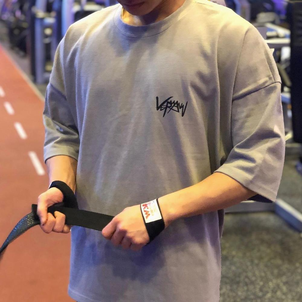 2019 Gyms Loose Cotton Workout Gyms Long Top Tee Sporting Runs Yogaing Large Size Fitness Exercise T-shirts Clothing T Shirt